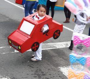 Dia de Inocentes: Parade on Huayna Capac St
