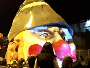 Dia de los Inocentes Parade: Is this a famous clown?
